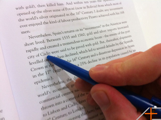 reading-with-a-pen